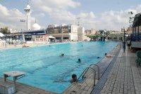 منطقة حمامات السباحة 2